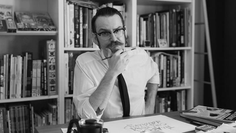 Iván Castro diseñador especializado en lettering y caligrafía