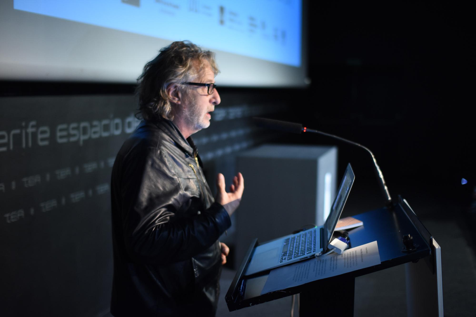 Javier Mariscal en los Premios Gràffica 2016