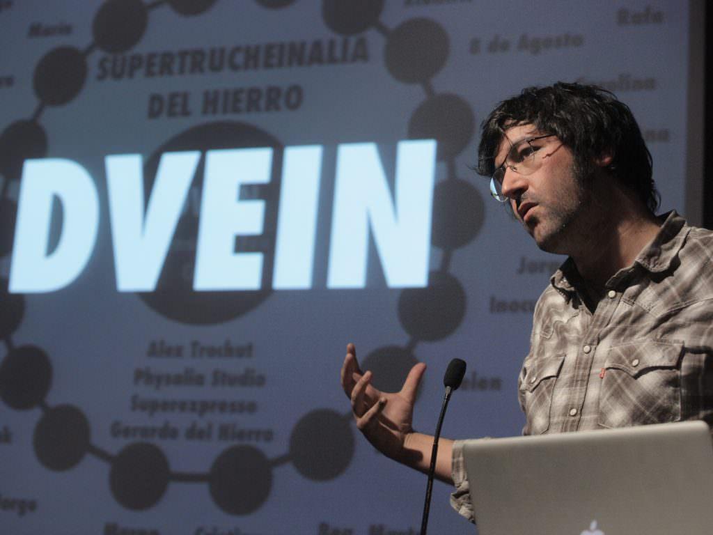 Carlos Pardo, miembro del estudio Dvein - Premio Gràffica 2011