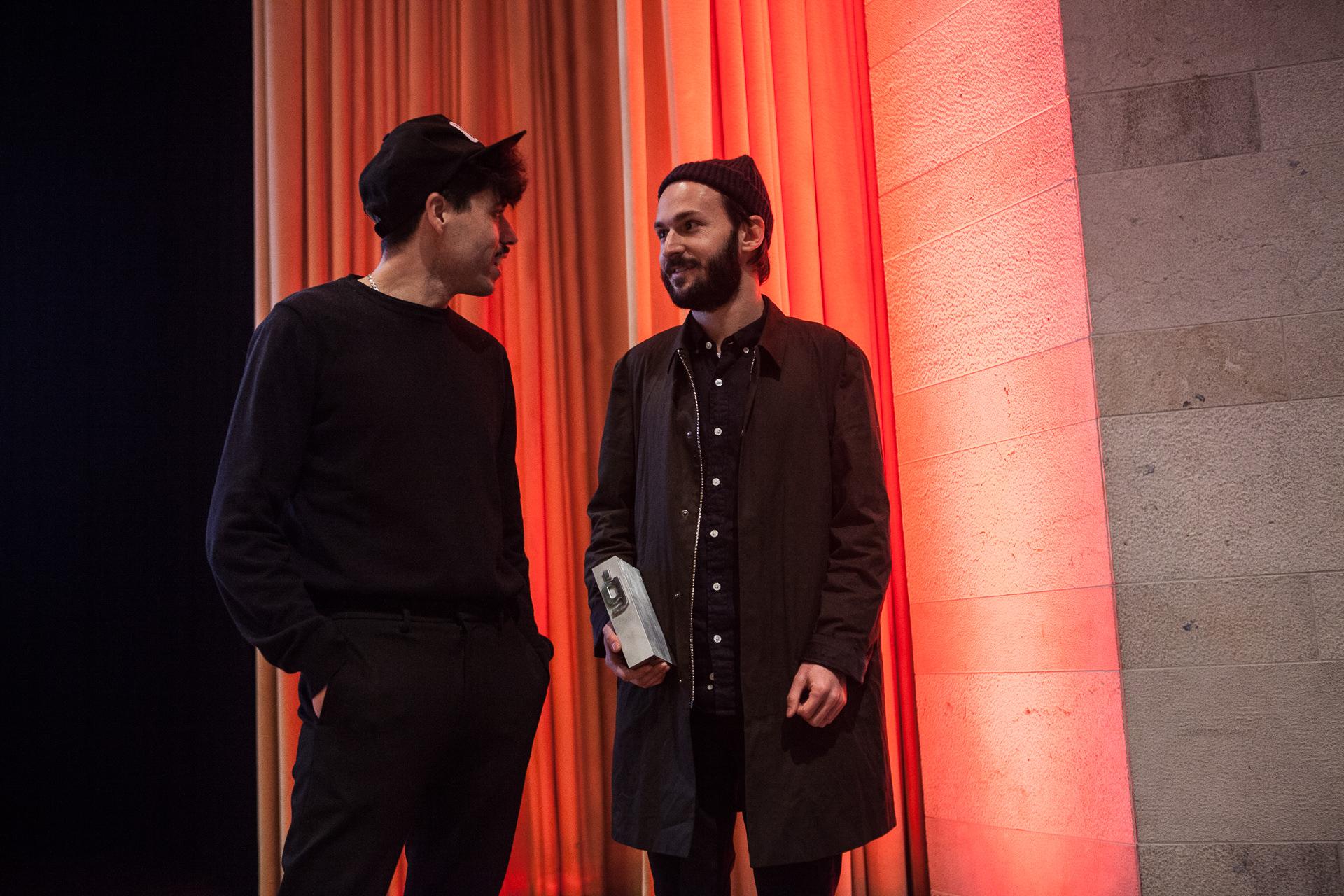 Naranjo – Etxeberria con el Premio Gràffica 2017