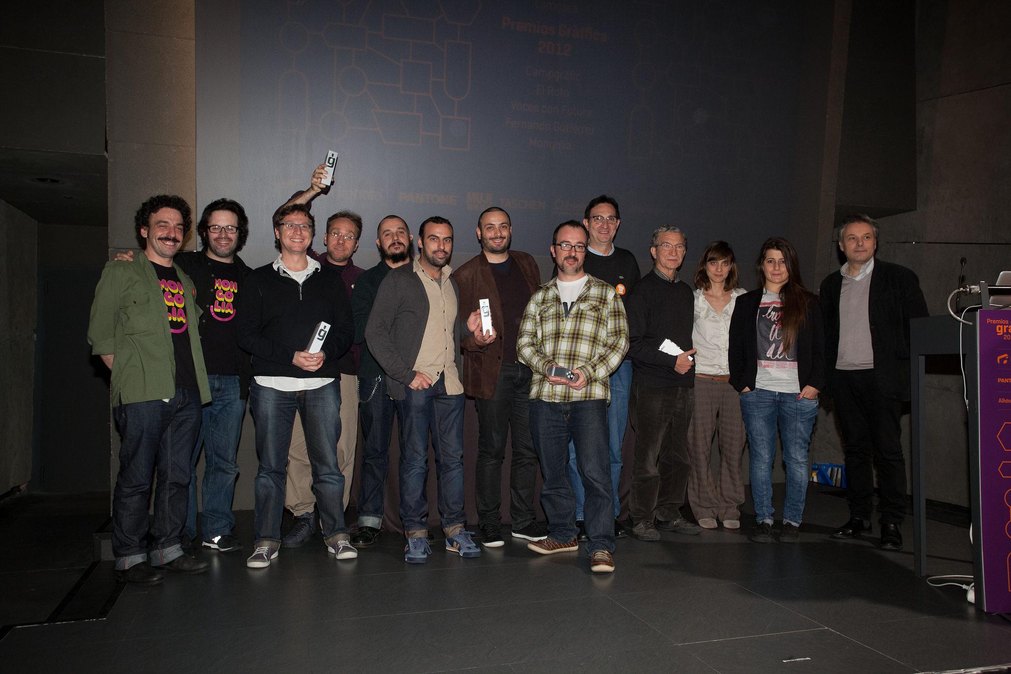 10 premiados con el trofeo en los Premios Gràffica 2012 Bilbao