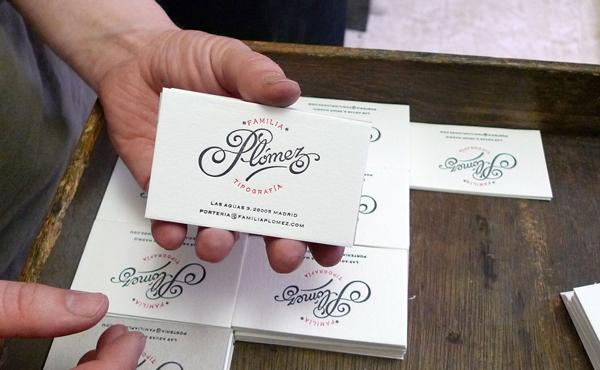 Familia Plómez, tarjetas