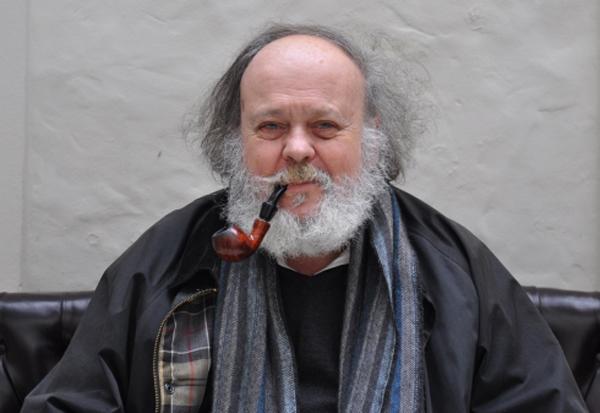 Ronald Shakespear, diseñador gráfico argentino
