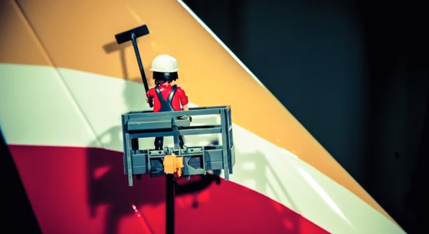 nueva marca Iberia, spot Clicks Playmobil