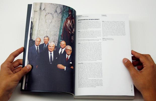 Power, páginas interiores del PFC de Guillem Casasús