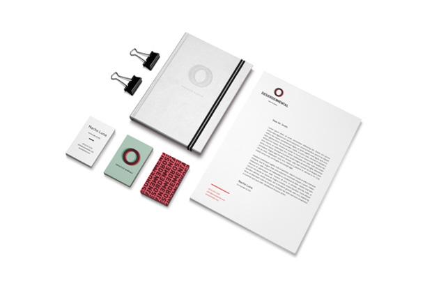 Desorden Mental,  aplicaciones en papelería del logo diseño de Juanjo Rivas