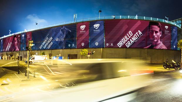 Levante UD, señalización estadio nueva identidad corporativa