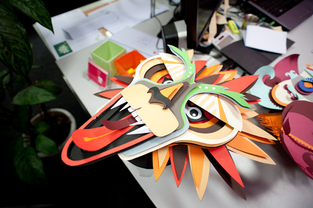 carnaval gráfico en papercraft