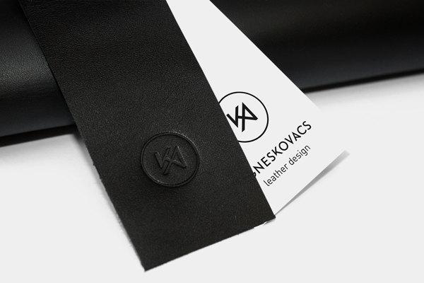 Diseño de etiquetas para la marca Agnes Kovacs