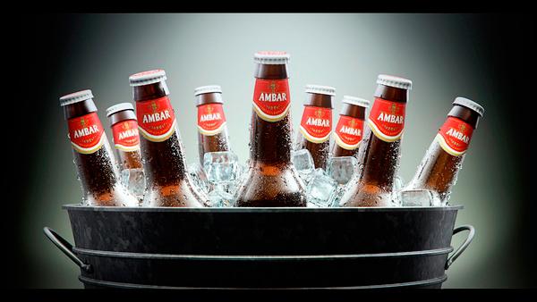 Botellines de cerveza Ambar en 3D