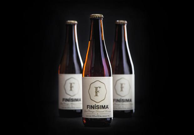 Finísima – cerveza artesanal – Branding & Packaging de Savvy Studio