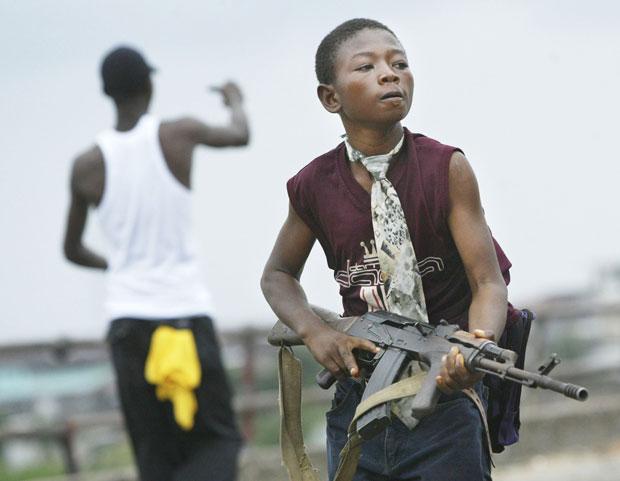 Chris Hondros – niño soldado en Liberia