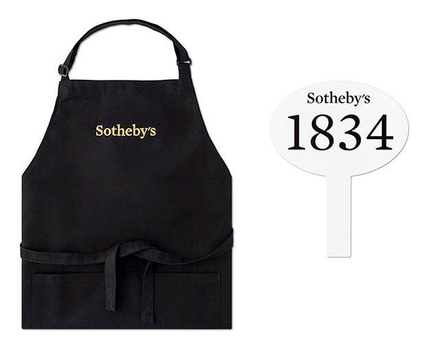 Sotheby's – delantal y paletas de licitación
