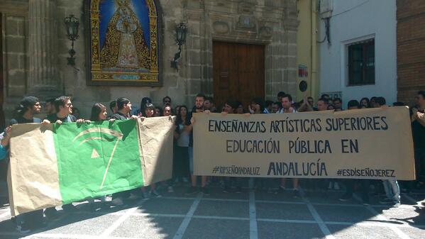 El diseño andaluz de luto