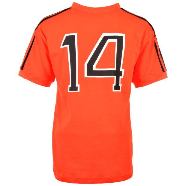 0011010_holland-1974-world-cup-final-number-14-cruyff-classic