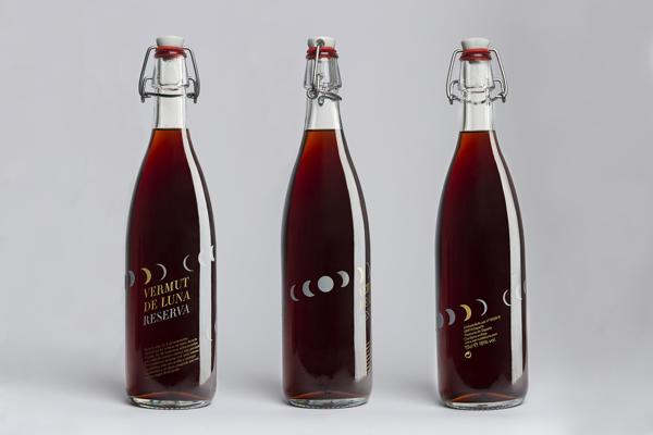 Diseño de packaging para Vermut de Luna