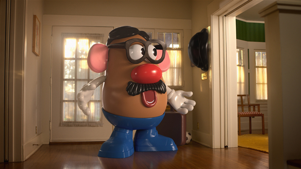 Mr. Potato se canibaliza por una Lays
