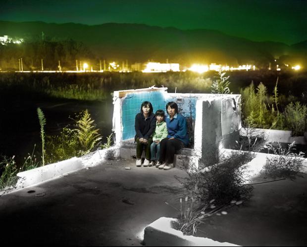 Otsuchi-Future-Memories_Alejandro-Chaskielberg