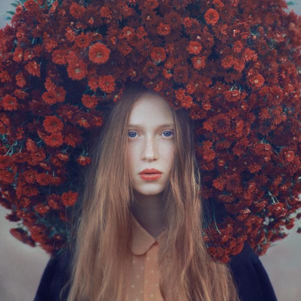 OlegOprisco – fotografía chica con flores