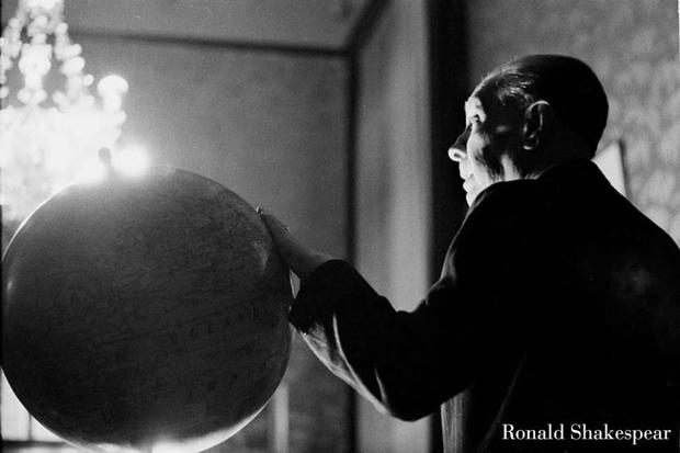 Ronald Shakespear – retrato fotográfico de José Luis Borges