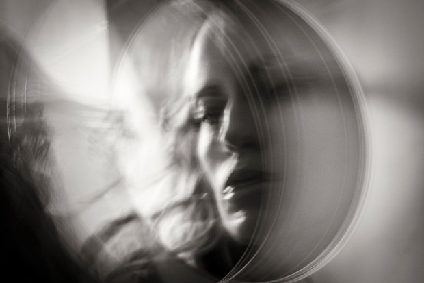 Sofía Santaclara, poemas del cuerpo y de la piel