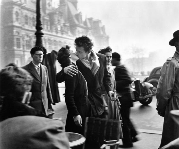 Doisneau Los amantes del Hôtel de Ville 1950