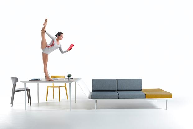 Siempre en movimiento – campaña de Odosdesign para Actiu muebles de oficina