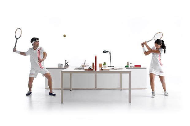 Bajo el leit motiv Siempre en movimiento, el estudio Odosdesign acaba de presentar la nueva campaña para la marca de muebles de oficina Actiu.