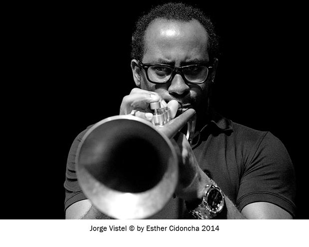 Jorge Vistal, músico de jazz fotografiado por Esther Cidoncha
