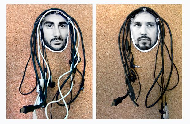 Cómo organizar todos tus cables con diseño e ingenio. Consejos DIY de Home Sapiens
