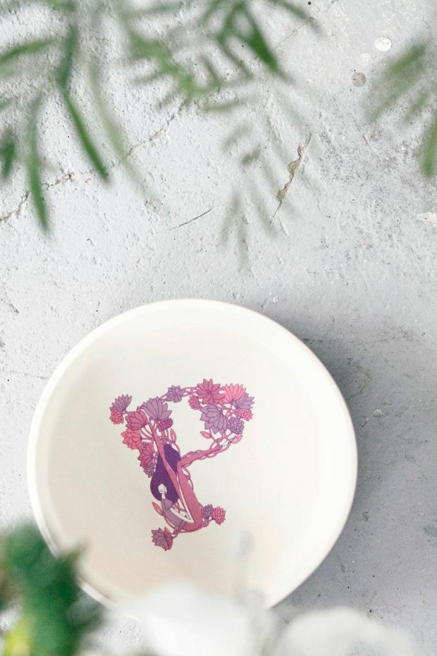 Beautiful Dreamers – abecedario ilustrado en cerámica de Lara Costafreda