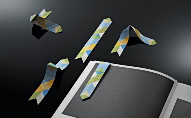 Marcapáginas realizado en papercut