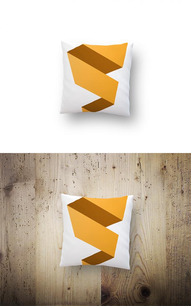 Free-pillow-mockup-