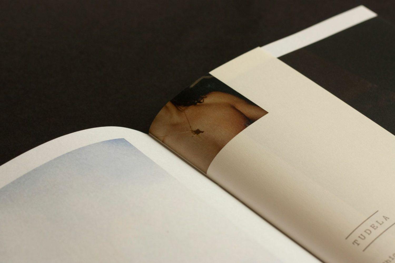 Yolanda, una nueva forma de afrontar un fanzine o libro de fotografía de Jorge Fernández Puebla
