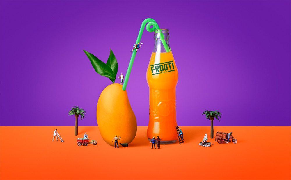 Sagmeister & Walsh y Pentagram unidos por el mango... de Frooti