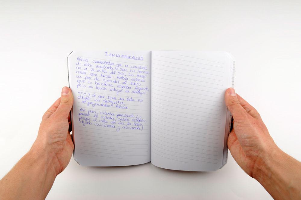 uadernos. Los primeros cuadernos para zurdos