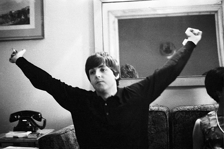 The Beatles fotografiados por Juana Biarnés. La primera mujer fotoperiodista de España