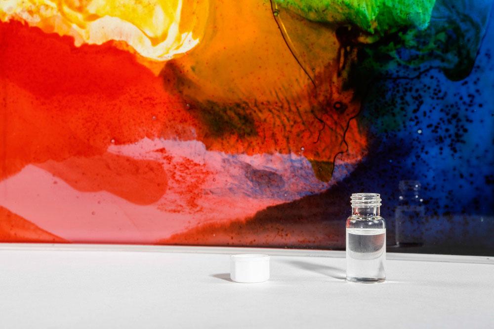 Light Boxes o el arte que nació de ositos de gominola
