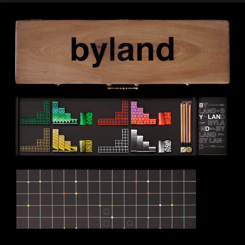 >Byland es un juego de mesa de estrategia y táctica creado por el estudio francés My name is Wendy