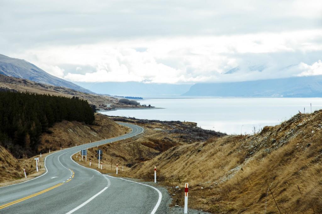 Las inconmensurables carreteras neozelandesas a través del objetivo de Alber Oriol