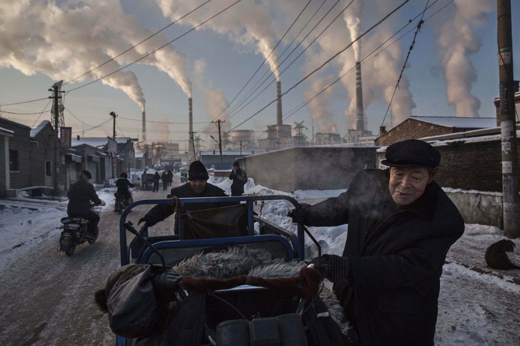 China's Coal Addiction, por Kevin Frayer. Primero premio en la categoría Vida Cotidiana - Individuales.