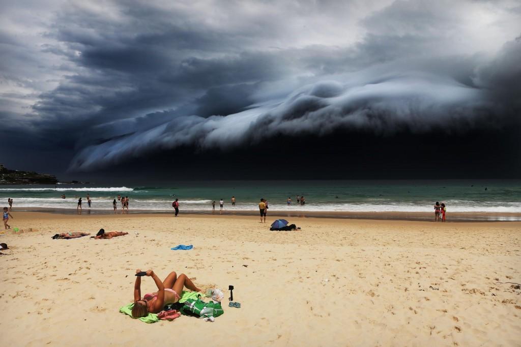 Storm Front on Bondi Beach, por Rohan Kelly. Primer premio en la categoría de Naturaleza - Individuales.