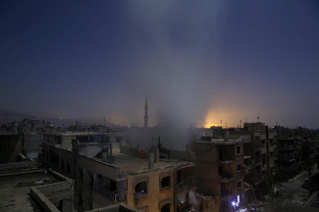 Aftermath of Airstrikes in Syria, por Sameer Al-Doumy. Primer premio en la categoría de Noticias de actualidad - Historias.