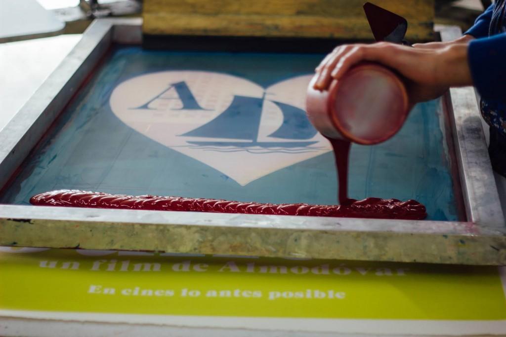 Diseño del cartel de la película de Pedro Almodóvar, Julieta por Barfutura