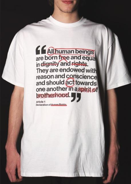La tipografía en camisetas como proyecto solidario con los refugiados