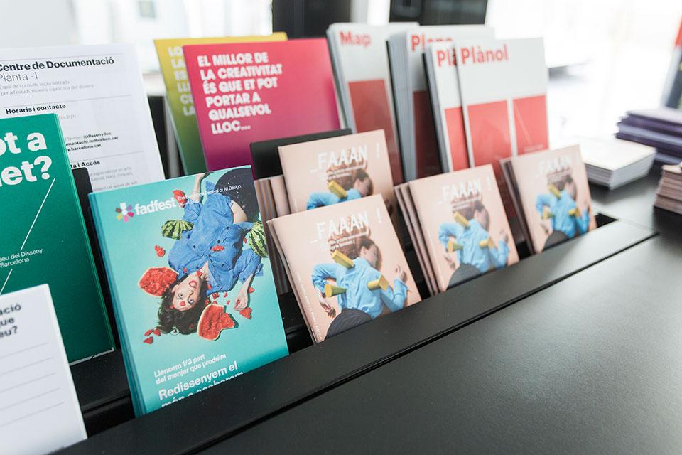 *S,C,P,F transporta la reflexión sobre la sostenibilidad alimentaria a la imagen del FADfest 2016 -  folletos 1