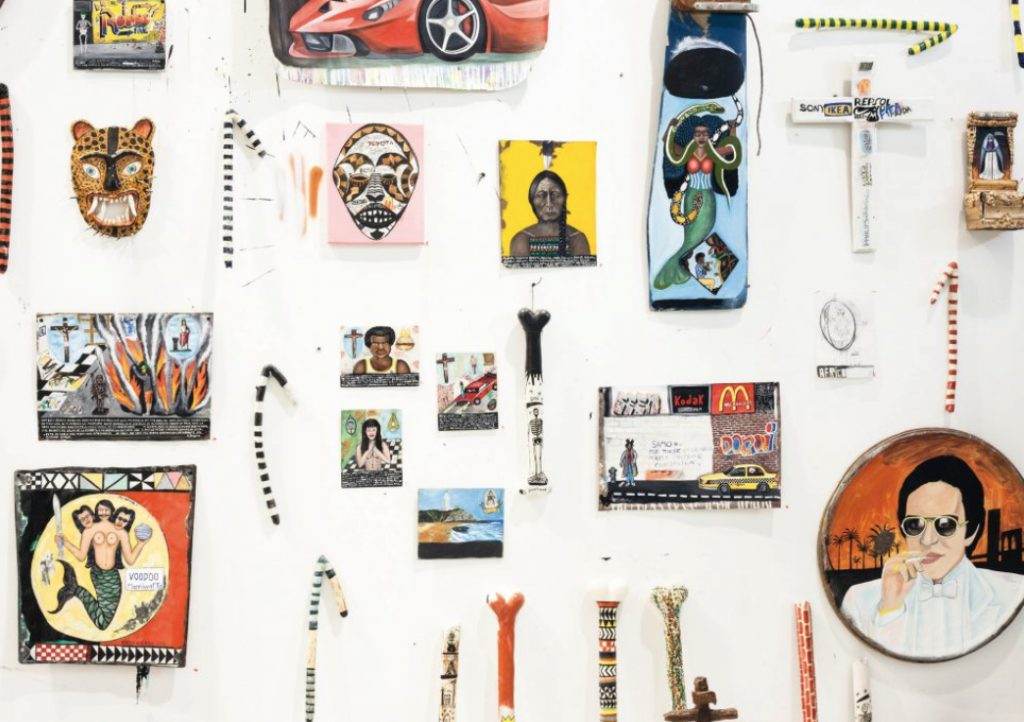 ¿Qué ocurre cuando el grafiti y los Dioses se encuentran? Rorro Berjano presenta 'Santos, difuntos, dieux et fétiches' - conjunto de piezas