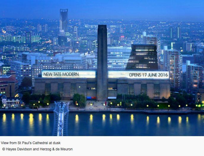 Switch House, la pirámide retorcida que amplía el Tate Modern de Londres - de noche