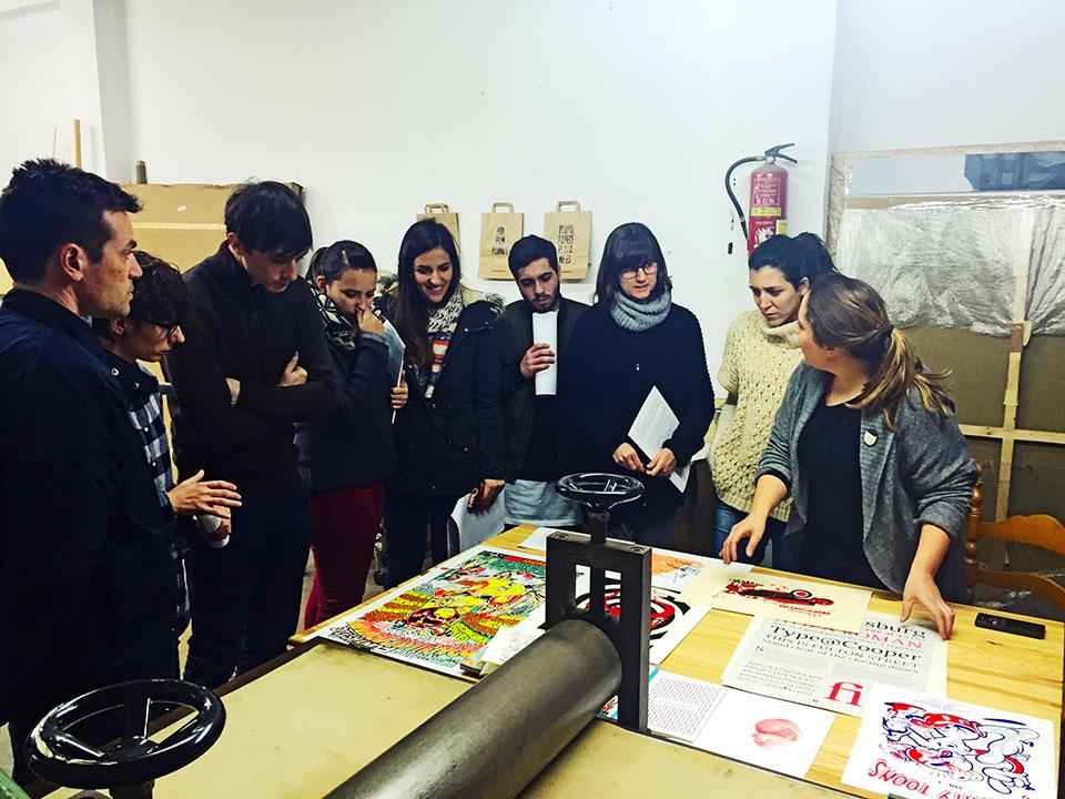 El diseño en el CEU de Valencia cumple 30 años - workshop de serigrafía