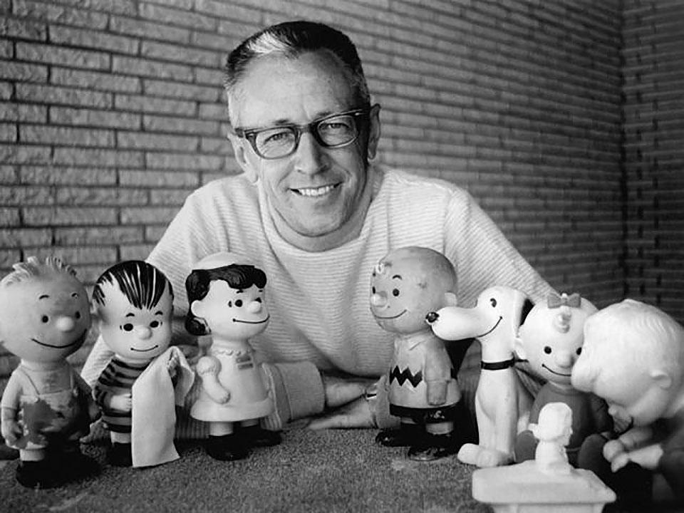 Quién creó a Snoopy - Charles Schulz con los personajes de Peanut